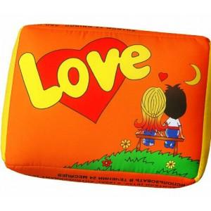 Подушка Love is 25 х 34 см Оранжевая (98-9710264)