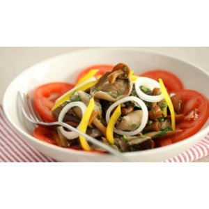 Грибний салат з овочами