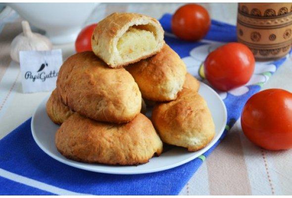 Пиріжки з картоплею