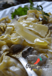 Паста (спагеті) з грибами в ніжному вершковому соусі 11