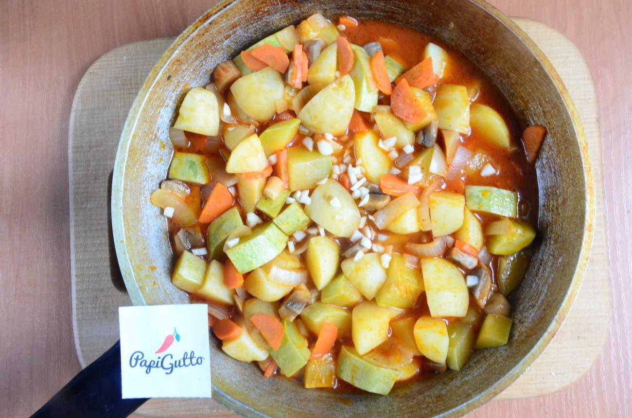 Овощное рагу с кабачками (цуккини). Фото 31