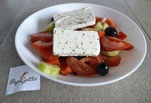 Греческий салат 10