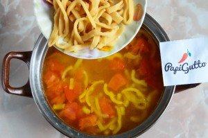 Куриный суп с домашней лапшой 12