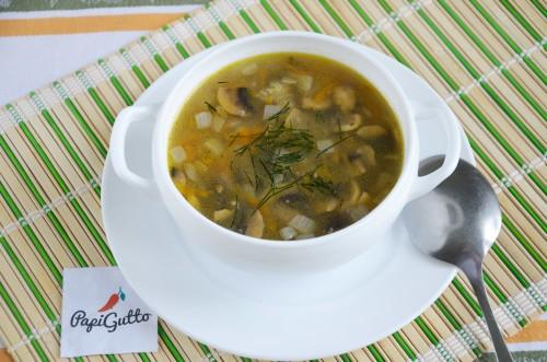 Суп с шампиньонами