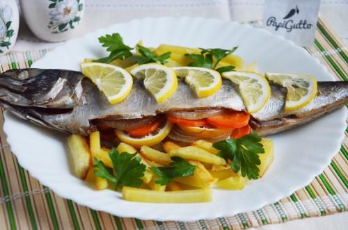 Скумбрия в духовке (рыба запеченная в фольге)