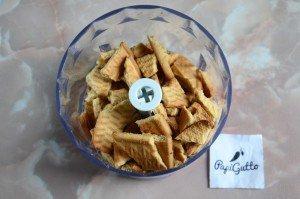 Сладкая колбаска из печенья 2