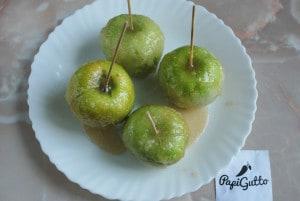 Яблоки в карамели 5