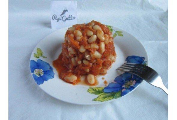 Квасоля в томатному соусі