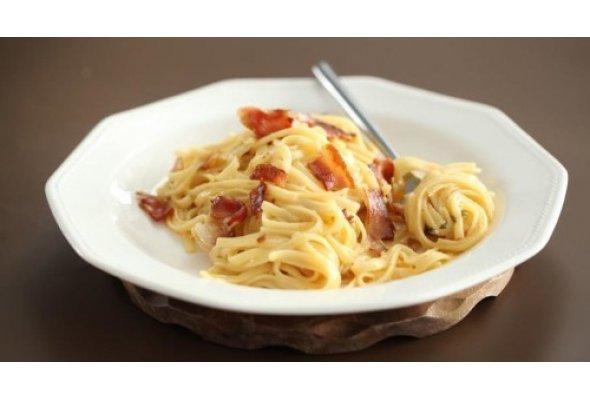 """Паста """"Карбонара"""": настоящий итальянский вкус"""