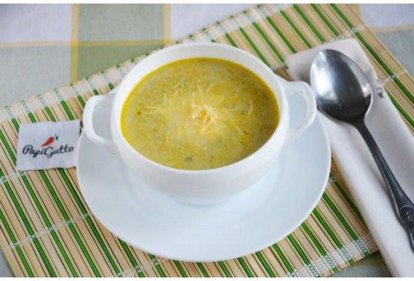 Суп зі шпинатом