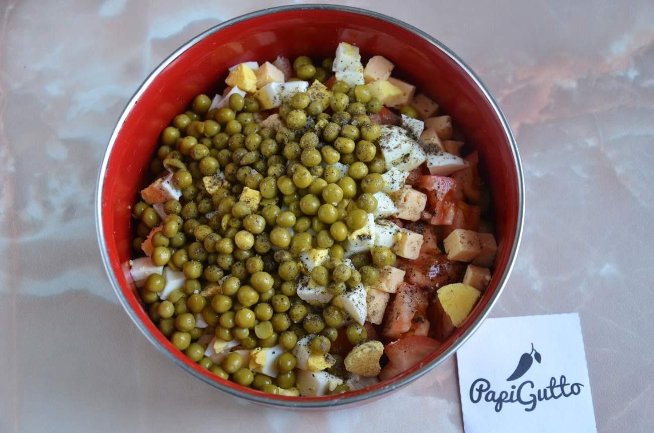 Салат с сухариками 8