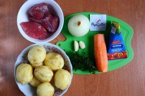 Молодая картошка тушеная с говядиной 1
