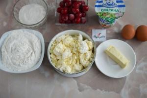 Творожный пирог с вишней 1