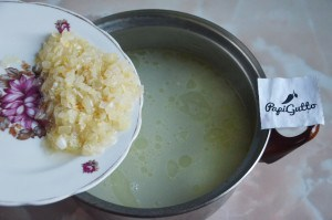 Чихиртма (грузинский куриный суп) 8