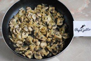 Смажена картопля з грибами 5