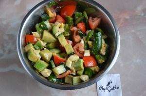 Салат с авокадо 12